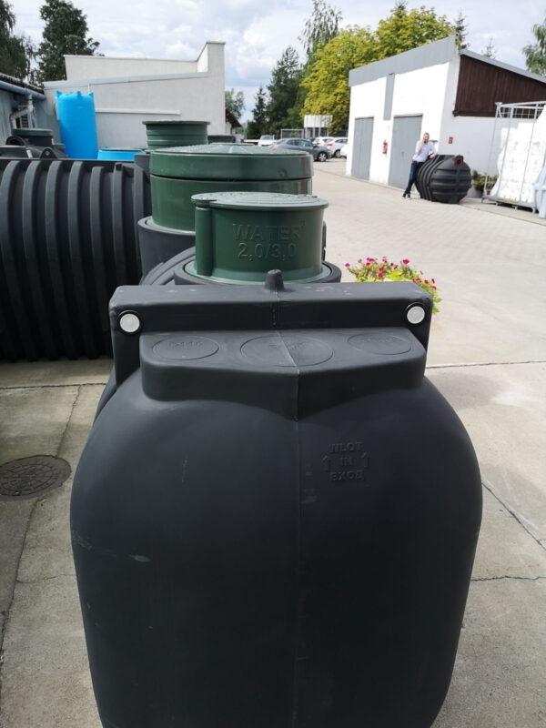 Wylot zbiornika 3000 L Dropwater z boku